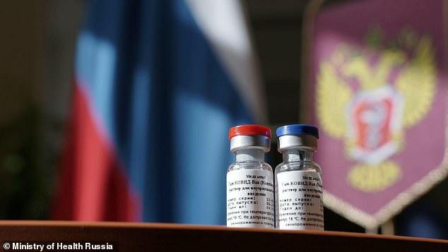 Vắc-xin Covid-19 thứ hai của Nga đang về đích ở cơ sở đặc biệt - Ảnh 2.