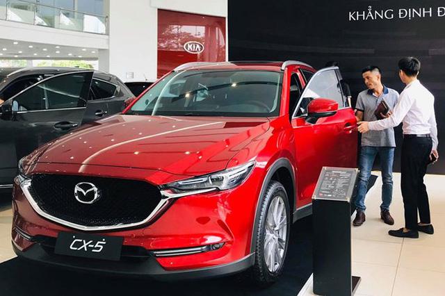 Sau lần giảm giá sốc, loạt xe Mazda thêm khuyến mãi mạnh tay tại Việt Nam, quyết giành lại vị thế trên thị trường - Ảnh 2.