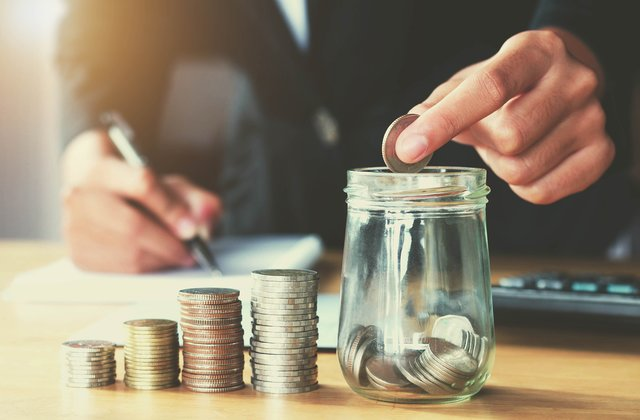 99% người nghèo không biết tới 4 nguyên tắc tiền bạc này và luôn tiêu sạch số tiền mình có - Ảnh 1.
