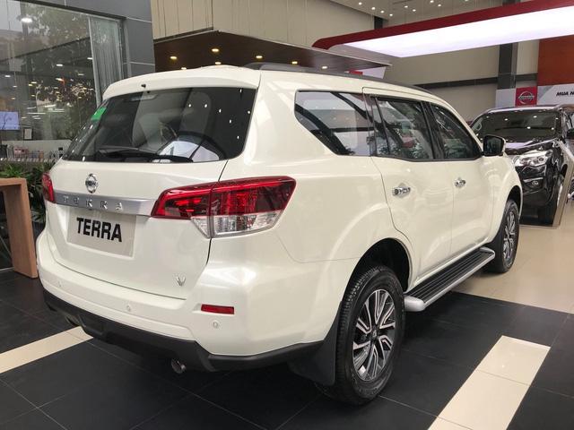 Đại lý xả kho Nissan Terra giảm gần 130 triệu đồng: Bản cao nhất 870 triệu đồng, giá chạm đáy mới tại Việt Nam - Ảnh 2.