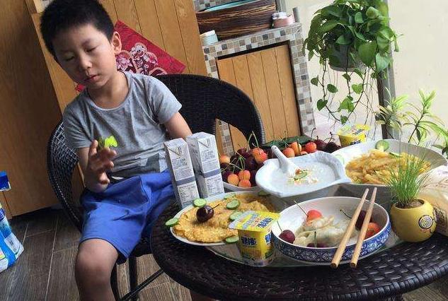 Con trai 5 tuổi phải vào viện cấp cứu sau bữa sáng, bố hối hận khi nghe bác sĩ chỉ rõ một sai lầm khi chế biến loại thực phẩm quen thuộc - Ảnh 1.