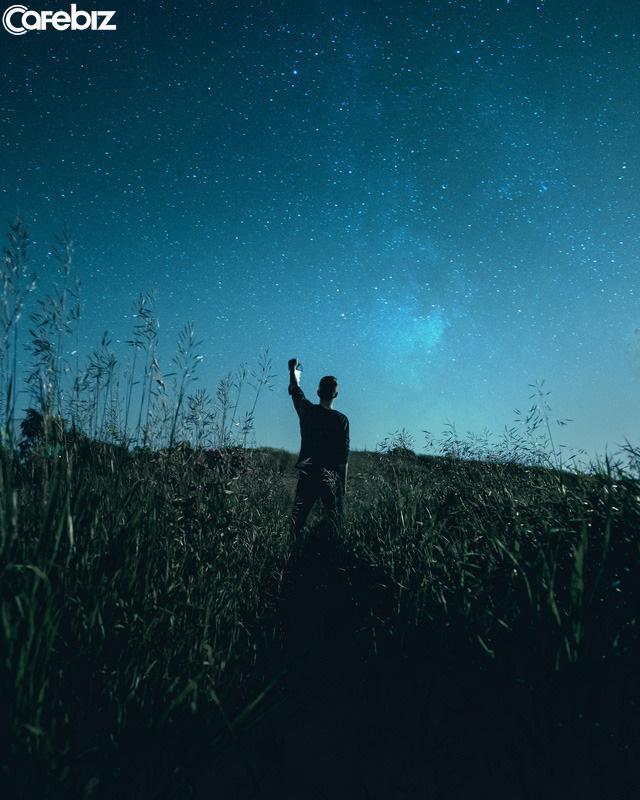 30 kinh nghiệm sống để đời mà không phải ai cũng có thể dạy bạn: Phong thái quyết định tầm cao, linh hoạt mới mong tự tại...  - Ảnh 4.