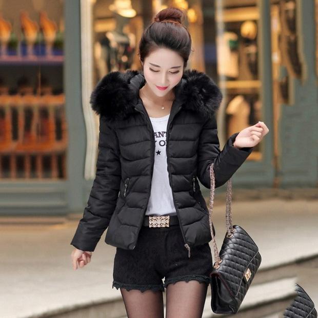 Bí mật thương hiệu: Chiếc áo khoác nhìn tầm thường nhưng lại đắt đến khủng khiếp, từng bị trường học Anh cấm học sinh sử dụng - Ảnh 4.