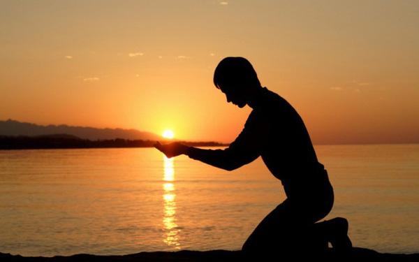Lắng nghe chính mình, luôn tin tưởng bản thân, trân trọng hiện tại, chắc chắn cuộc sống sẽ trả ơn bạn xứng đáng! - Ảnh 1.