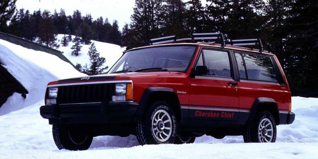 Những chiếc xe vĩ đại nhất mọi thời đại: Thập niên 80 lồng ghép mọi thứ chẳng liên quan vào trong một cỗ máy tinh tế - Ảnh 4.