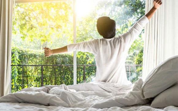 """5 thói quen này để bắt đầu một ngày với tinh thần """"thật cao"""": Bình tĩnh, thảnh thơi thì làm gì cũng hiệu quả"""