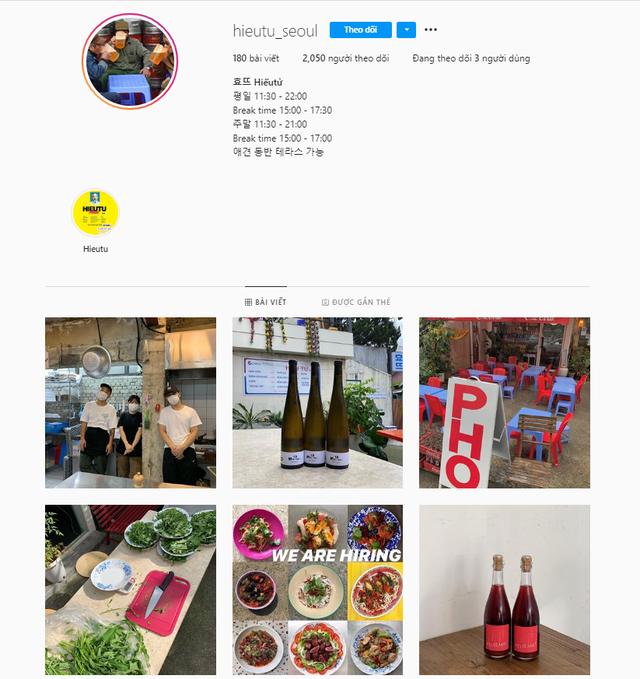 Có một quán ăn đậm chất vỉa hè Việt Nam giữa lòng Seoul: Copy từ bàn nhựa xanh ghế đỏ, đồng phục quán độc đáo có 1 không 2  - Ảnh 1.