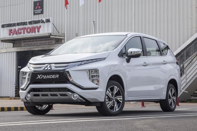 Mitsubishi Xpander nhập khẩu xả hàng, giá lăn bánh chưa đến 600 triệu đồng - Ảnh 2.