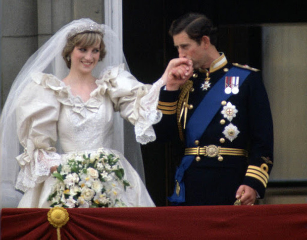 Camilla Parker Bowles: Từ cô tiểu thư sinh ra đã ngậm thìa bạc, bà cố là nhân tình khét tiếng của Vua cho đến người thứ 3 bị ghét nhất nước Anh - Ảnh 4.