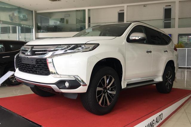 Mitsubishi chơi lớn: Khuyến mại tất tay các dòng xe đang bán ở Việt Nam, Xpander giảm hàng chục triệu, Outlander thêm đồ chơi xịn - Ảnh 6.