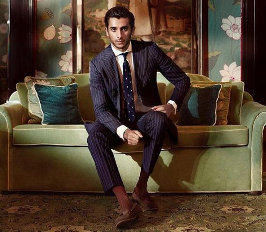 Vị vua Ấn Độ 21 tuổi: Sở hữu 2,8 tỷ USD, đẹp trai lịch lãm, đặc biệt... vẫn còn độc thân - Ảnh 1.