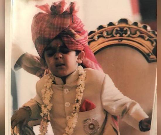 Vị vua Ấn Độ 21 tuổi: Sở hữu 2,8 tỷ USD, đẹp trai lịch lãm, đặc biệt... vẫn còn độc thân - Ảnh 2.