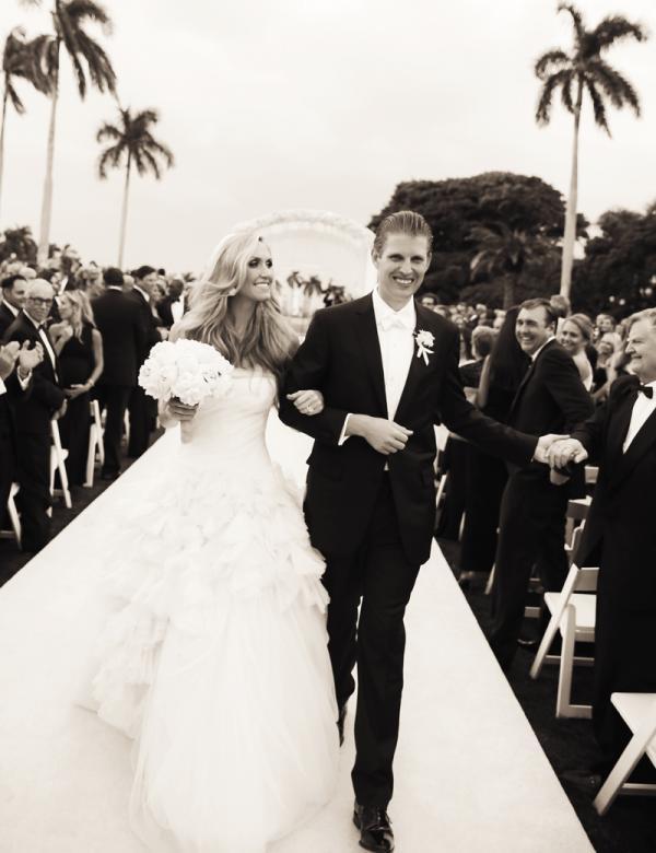 Điều ít biết về nàng dâu của Tổng thống Mỹ đang gây chú ý cộng đồng mạng, tài sắc vẹn toàn và đối nhân xử thế đầy khéo léo - Ảnh 2.