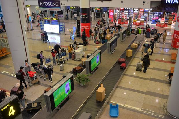 Chưa mở lại chuyến bay thương mại quốc tế thường lệ từ ngày 15/9 - Ảnh 1.