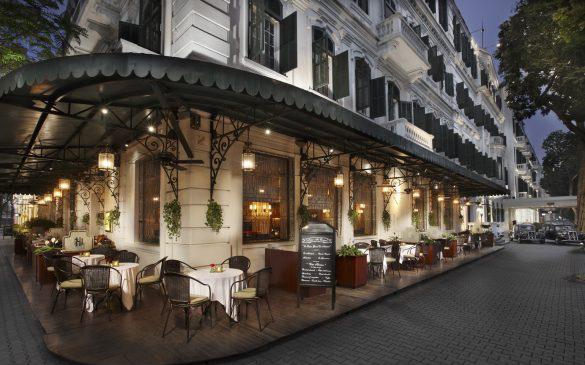 Nhiều khách sạn 5 sao ở Hà Nội được sử dụng làm cơ sở cách ly thu phí cho người nước ngoài