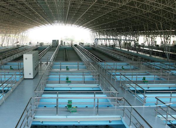 Đề xuất miễn 1.400 tỷ đồng tiền cấp quyền khai thác tài nguyên nước cho 4.000 doanh nghiệp - Ảnh 1.