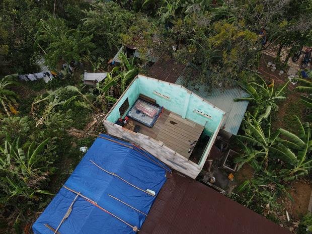 Cây ngã la liệt khiến 1 người chết và nhiều người bị thương, toàn tỉnh Thừa Thiên Huế mất điện sau khi bão số 5 đổ bộ - Ảnh 14.