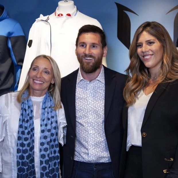 Trở thành tỷ phú USD thứ hai của làng bóng đá trong năm 2020, Messi đã làm điều này như thế nào? - Ảnh 4.