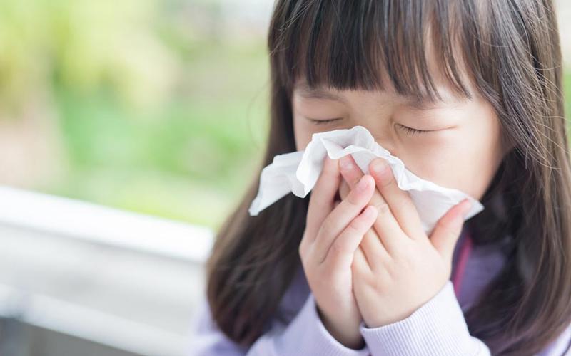 Chăm sóc sức khỏe lúc giao mùa: Cẩn trọng với 7 loại bệnh phổ biến nhưng nguy hiểm thời điểm thu đông này