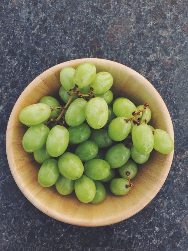 3 loại trái cây dễ chứa nhiều ký sinh trùng, nếu không rửa sạch kỹ lưỡng, ăn vào sẽ rất dễ bị chúng ký sinh trong cơ thể - Ảnh 2.