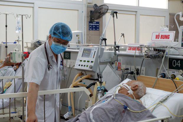 Yêu cầu làm rõ quá trình chứng nhận, công bố sản phẩm Pate Minh Chay - Ảnh 1.