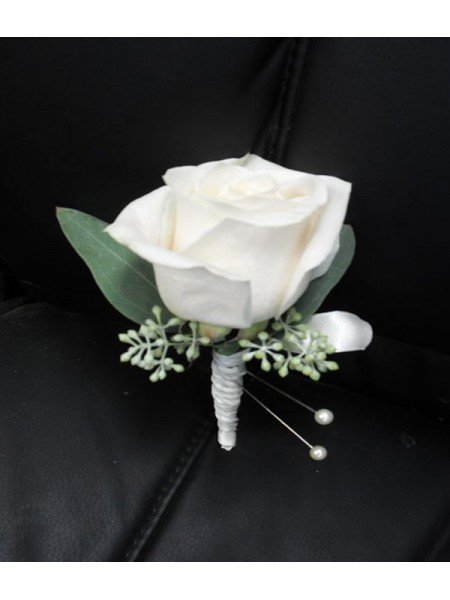 Viết gửi con ngày Vu lan: Nếu ai đó cài lên ngực con bông hoa màu trắng, hãy nhớ rằng đó không phải là vết thương mà là sự hiện diện của mẹ, con nhé!  - Ảnh 3.