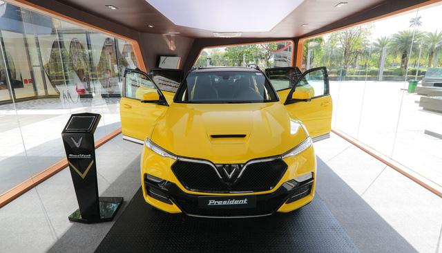 Chiêu độc Flagship Marketing và lý do VinFast chỉ tung 500 chiếc President dù số người giàu Việt mua được xe 4 tỷ lớn hơn nhiều!  - Ảnh 1.