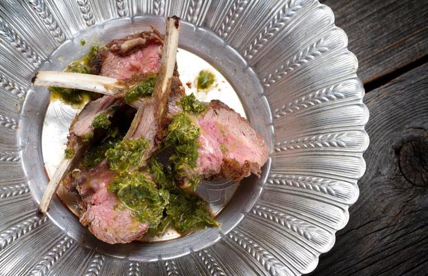 Bữa ăn cuối cùng trên chuyến tàu Titanic: Có thịt cừu sốt bạc hà, cá hồi sốt mousseline và vô số kể các món ngon khác - Ảnh 13.