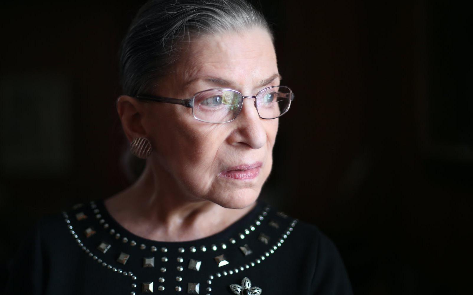 Sự ra đi của người phụ nữ này khiến chứng khoán Mỹ kéo dài chuỗi ngày bán tháo