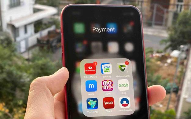 Cuộc chiến ''đốt tiền'' của ví điện tử MoMo, ZaloPay, AirPay: Càng làm càng lỗ, đốt tiền để đón sóng lớn giai đoạn 2020-2030