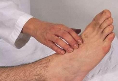 Nếu thấy cơ thể có tín hiệu 1 bộ phận bị cứng và 1 số vùng mềm đi thì hãy cảnh giác nguy cơ bị xuất huyết não - Ảnh 5.