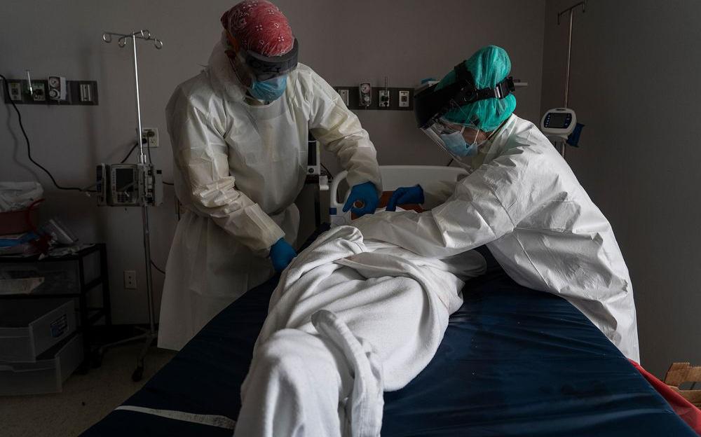 Blomberg: Không phải 1 triệu mà có thể gần 2 triệu người đã chết vì Covid-19