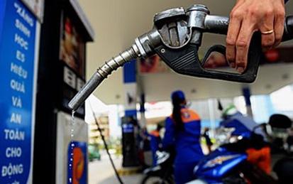 Giá xăng E5RON92 và các mặt hàng dầu đồng loạt giảm từ 15h00 chiều nay