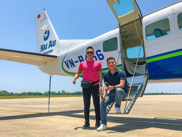 """YouTuber bị gắn mác """"giàu ngầm"""" của Việt Nam: Từng đến 30 quốc gia, mỗi năm đổ hết tiền bạc đi hơn trăm chuyến bay xa xỉ để review - Ảnh 3."""
