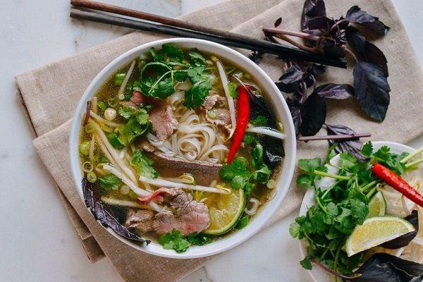 2 thực phẩm quen thuộc trong bữa sáng của người Việt nhưng có những người không nên ăn vì có thể gây hại cho dạ dày và khiến bệnh tình thêm trầm trọng - Ảnh 3.