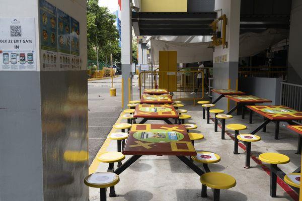 Thảm cảnh 300.000 nạn nhân khốn khổ nhất vì Covid-19 ở Singapore - Ảnh 3.