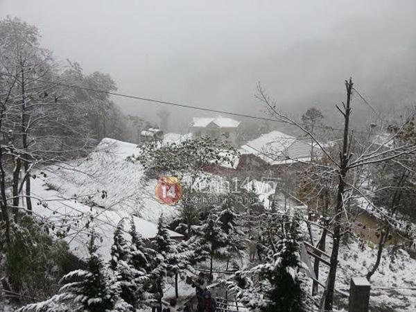 Nhiệt độ Sa Pa xuống dưới 0 độ C, có mưa và tất cả đều đang trông chờ tuyết rơi như 7 năm trước - Ảnh 6.