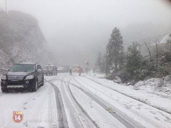 Nhiệt độ Sa Pa xuống dưới 0 độ C, có mưa và tất cả đều đang trông chờ tuyết rơi như 7 năm trước - Ảnh 7.