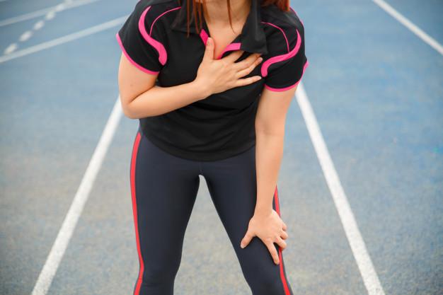 Đau thắt ngực khi đang tập thể dục là dấu hiệu cảnh báo điều gì? Người ưa vận động cần hiểu rõ để bảo vệ sức khỏe, nhất là trong mùa đông lạnh giá - Ảnh 2.