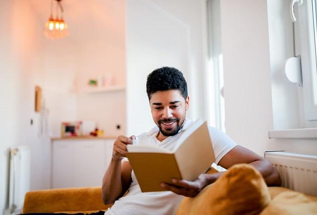 9 cuốn sách các chuyên gia nghề nghiệp khuyên bạn nên đọc trong năm 2021 - Ảnh 1.