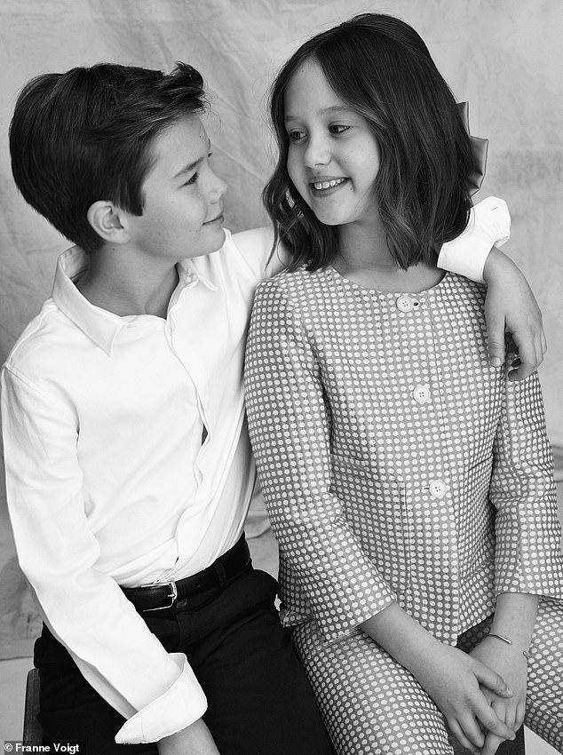 Cặp song sinh Hoàng gia Đan Mạch gây sốt MXH với màn lột xác ở tuổi lên 10, độ hot không thua kém Hoàng tử công chúa nước Anh - Ảnh 8.