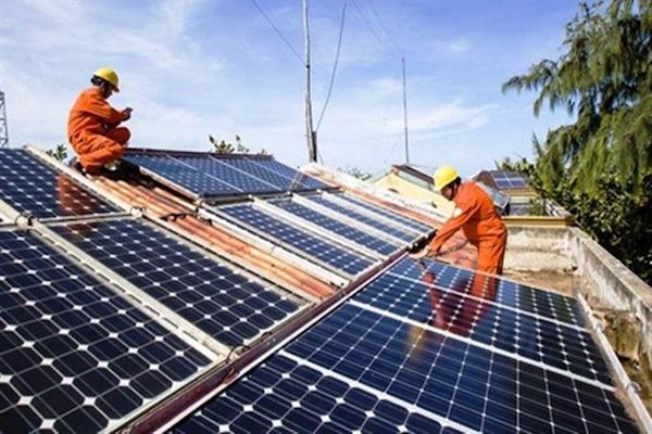 Thời hạn giá FiT lộ rõ nhược điểm của quy hoạch điện mặt trời - Ảnh 1.