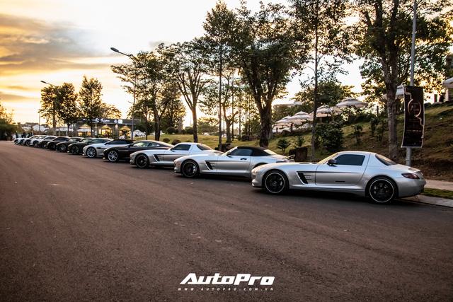 Doanh nhân Đặng Lê Nguyên Vũ trưng dàn xe hơn 100 tỷ đồng: Bộ sưu tập Porsche 911 và Mercedes SLS AMG khiến dân chơi xe phải kính nể - Ảnh 9.