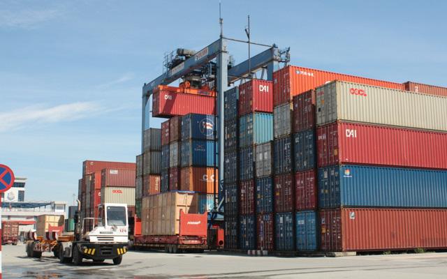 Giải tỏa cơn khát vỏ container: Hơn 3.000 container nằm đắp chiếu sẽ được thanh lý? - Ảnh 1.