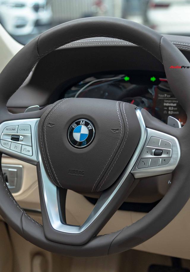 BMW 7-Series dọn kho giảm giá còn từ hơn 3,3 tỷ đồng: Sedan 'full-size' giá rẻ nhất Việt Nam - Ảnh 12.