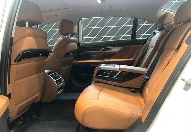 BMW 7-Series dọn kho giảm giá còn từ hơn 3,3 tỷ đồng: Sedan 'full-size' giá rẻ nhất Việt Nam - Ảnh 4.