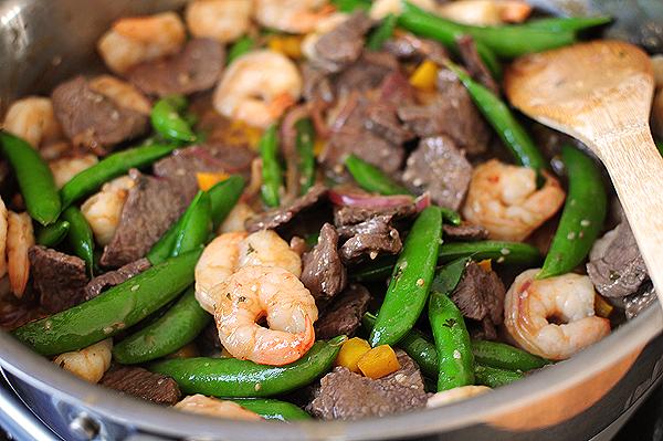Thịt lợn, thịt bò hay tôm bổ dưỡng hơn? Cách chọn loại thịt phù hợp nhất với bạn - Ảnh 1.