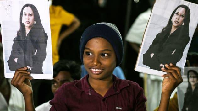 Ngôi làng tí hon ở Ấn Độ vui như Tết khi bà Kamala Harris tuyên thệ nhậm chức Phó Tổng thống Mỹ - Ảnh 13.
