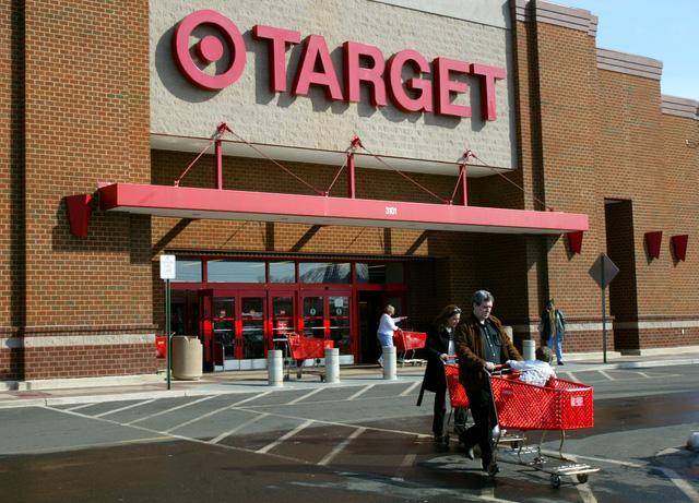 Màn 'ảo thuật' tạo ra 23 tỷ USD của chuỗi siêu thị Target: Biết một cô gái có thai trước cả ông ngoại của đứa bé!  - Ảnh 3.