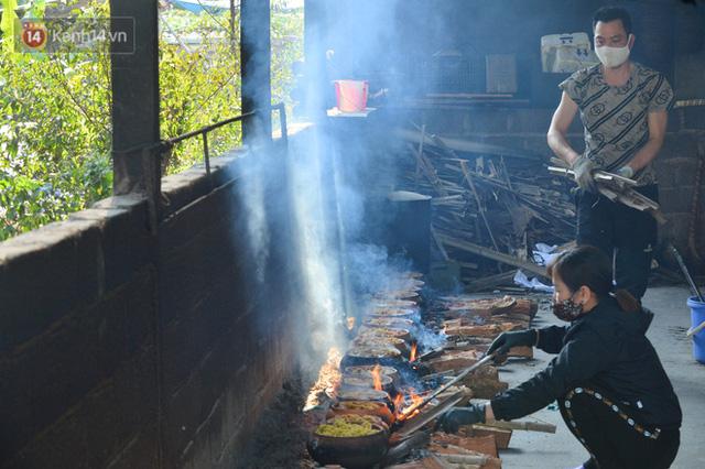 Sự kỳ công của người dân làng Vũ Đại để tạo ra nồi cá kho ngon nức tiếng: Chỉ cần sơ ý vài giây, nồi cá bạc triệu sẽ cháy thành than  - Ảnh 16.